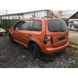 Volkswagen Cross Touran...